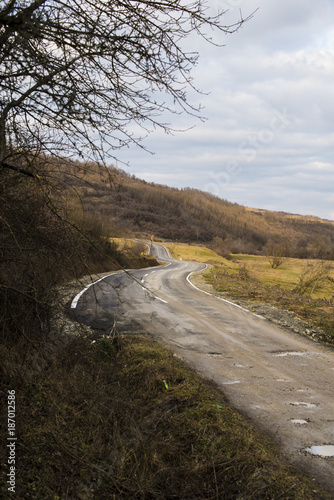 Fotografie, Obraz  The end of a bad road and the beginning of a good road