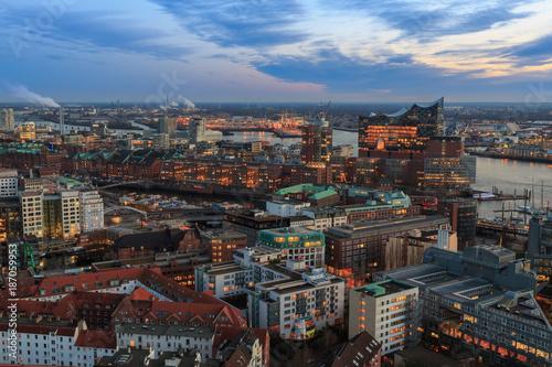 Elbphilharmonie Hamburg Wahrzeichen Buy This Stock Photo And