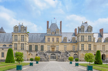 Palace Of Fontainebleau Near P...