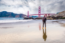 Beau Jeune Homme Visitant San Francisco