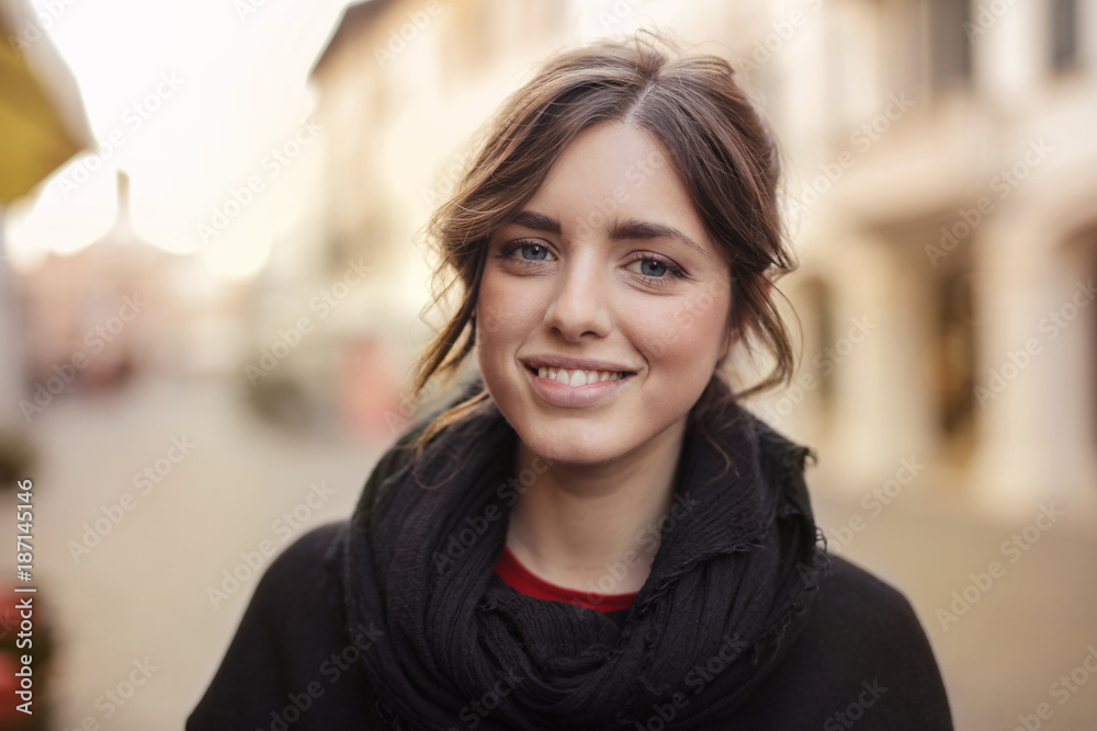 Fototapety, obrazy: Smiling girl with blue eyes