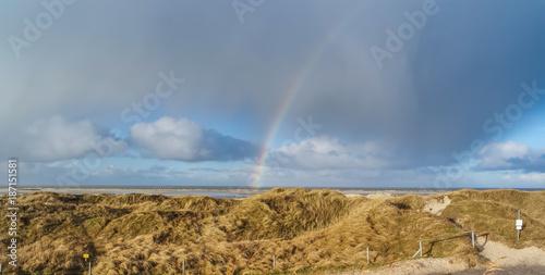 Foto op Aluminium Noordzee Regenbogen über der Nordsee in St. Peter-Ording