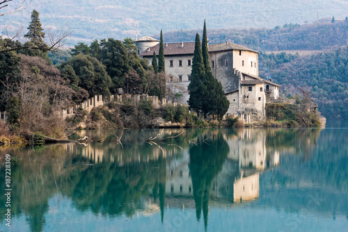 Valokuva  View of the Toblino castle in northern Italy