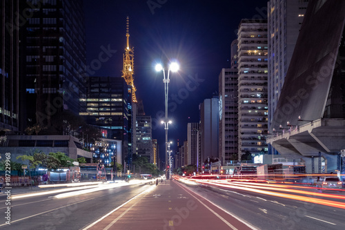 Foto  Paulista Avenue at night - Sao Paulo, Brazil