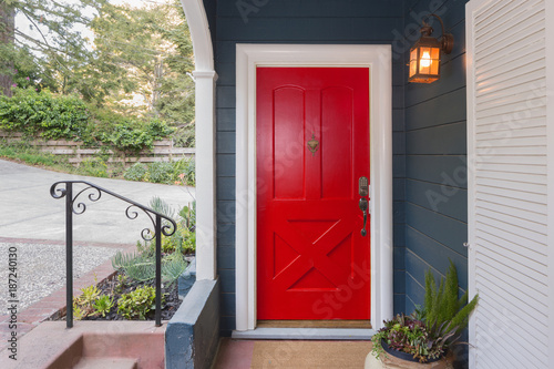 Fotomural  Red Entry Door / Front Door with single cylinder entrance electronic handle-set