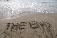 Text THE END On The Beach
