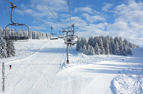 Fotografia, Obraz Perfect powder on the ski slopes near Avoriaz.