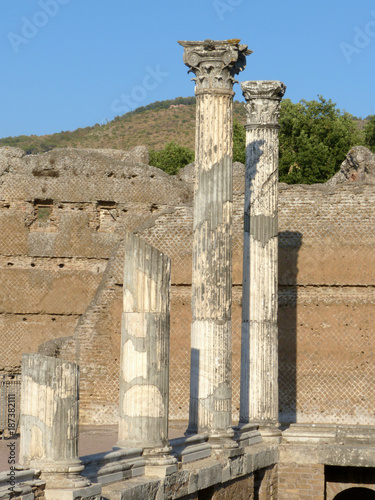 Foto op Canvas Rudnes The ancient remains of a Roman city of Lazio - Italy 011