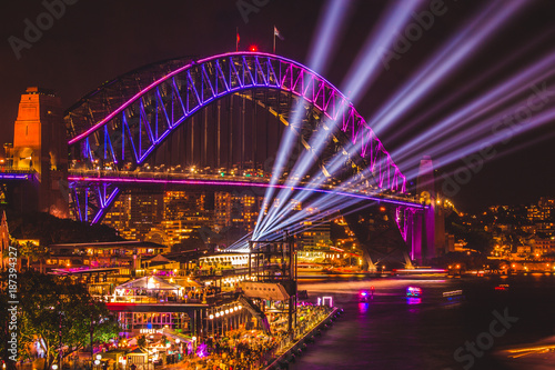 Photo  Sydney Harbour Bridge Vivid