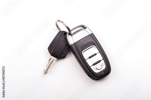 Cuadros en Lienzo  Car key isolated on white background