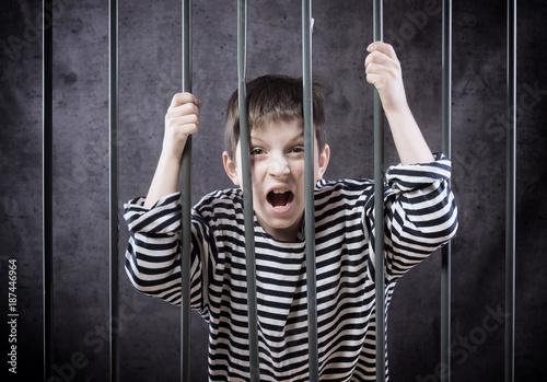 Boy in prison Poster Mural XXL
