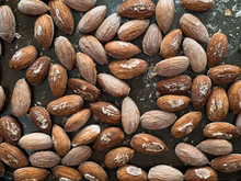 Brined And Roasted Almonds