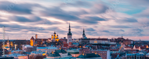 Garden Poster Berlin Aerial panoramic cityscape with Medieval Old Town illuminated at sunset with Saint Nicholas Church, Cathedral Church of Saint Mary and Alexander Nevsky Cathedral in Tallinn, Estonia