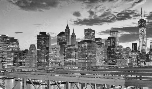 Night view of Downtown Manhattan from Brooklyn Bridge, New York City © jovannig