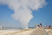 People Visiting Yellowstone Na...