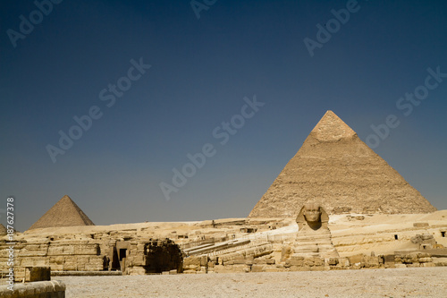 Foto op Canvas Egypte egypt pyramids in cairo