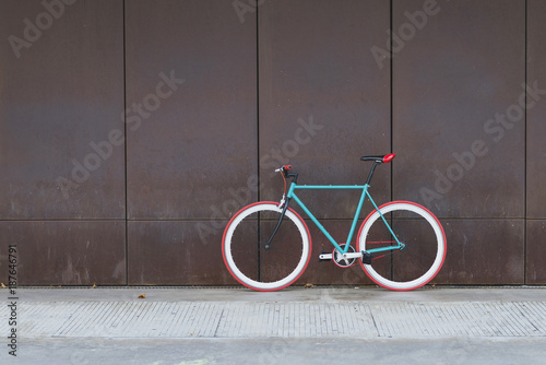Aluminium Prints Bicycle A City bicycle fixed gear on a brown wall