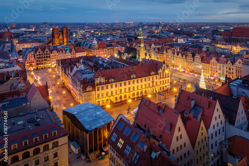 Photographie  Wroclav city center after the sunset, Poland