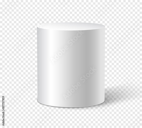 Fotografía White cylinder on isolated background