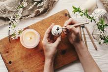 Hand Painting Modern Easter Eg...