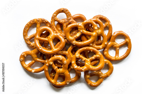 Cuadros en Lienzo Salt Pretzels Isolated On White Background