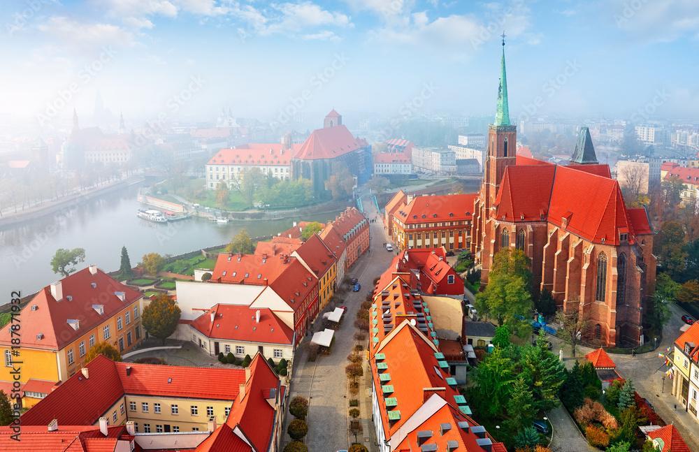 Fototapety, obrazy: Wrocław we mgle, widok z lotu ptaka