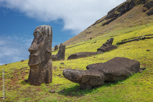 Foto op Aluminium Rudnes Volcano and Rano Raraku quarry, where most of the moai of Easter Island were carved, Chile