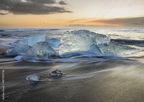 Printed kitchen splashbacks Glaciers Jökulsárlón beach at sunrise