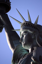Statue Of Liberty Manhattan Liberty Island New York City Enlightening The World Silvanute Ազատության արձան Freiheitsstatue Frihedsgudinden თავისუფლების ქანდაკება Statuja E Lirisë Vapaudenpatsas Usa