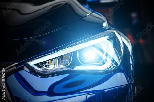 Obraz Modern car xenon lamp headlight - fototapety do salonu