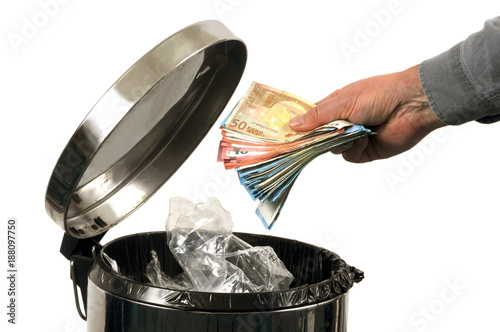 Fotografie, Obraz  L'argent à la poubelle