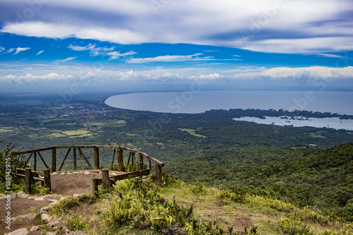 Carta da parati View from Mombacho Volcano of Lake Nicaragua and Islands
