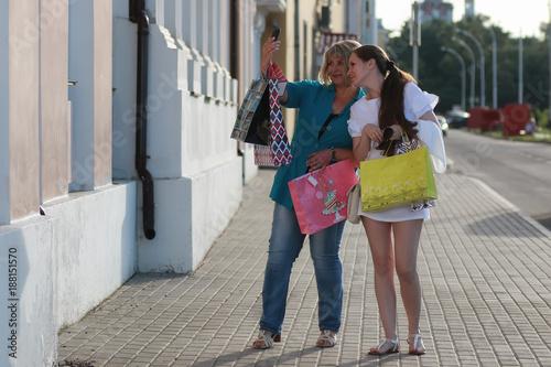 Poster Havana woman shopping in summer
