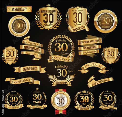 Fotografia  Anniversary retro vintage badges and labels vector illustration