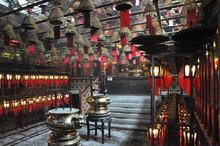 Inside The Little Hong Kong Ti...