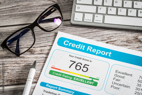 Foto  report credit score banking borrowing application risk form