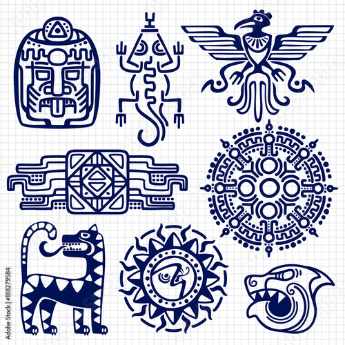 Photo Ballpoint pen american aztec, mayan culture native totems on notebook background