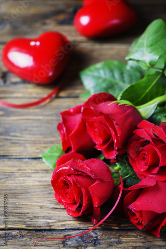 Fototapety, obrazy: Concept of Valentine's day with red roses