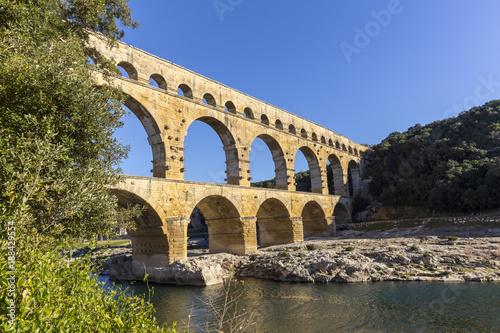 Fototapeta Pont du Gard is an old Roman aqueduct near Nimes