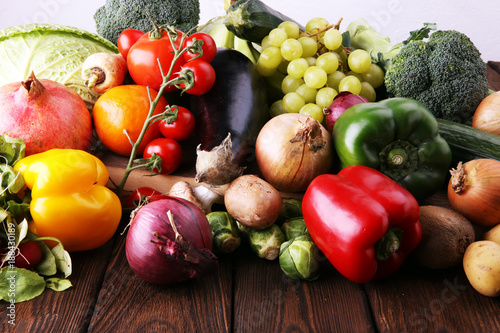 Foto op Aluminium Assortiment Composition with variety of raw organic vegetables and fruits. Balanced diet