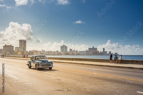 obraz lub plakat Classic car on the Malecon in Havana, Cuba