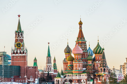 Fotografie, Obraz View of the Spasskaya tower of the Moscow Kremlin and St