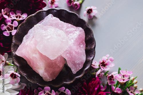Fotografia, Obraz  Rose Quartz and Flowers