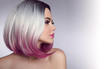 canvas print picture - Ombre bob short hairstyle. Beautiful hair coloring woman. Trendy haircuts. Blond model with short shiny hairstyle. Concept Coloring Hair. Beauty Salon.
