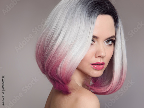 фотография  Ombre bob short hairstyle