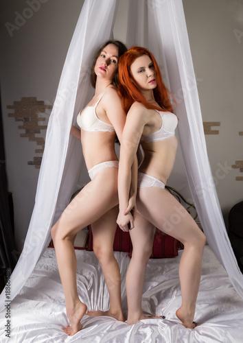 Redheaded girls lesbian