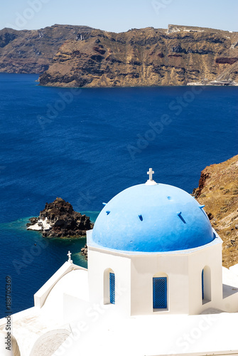 In de dag Santorini Blue roof church on Santorini island in Greece
