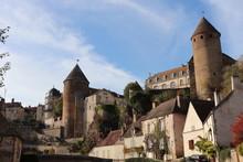 Bourgogne - Côte-d'Or - Sémur-en-Auxois - Vue Sur L'ancien Château Et Ses Tours