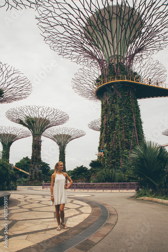 SINGAPORE ASIA - MAY 9:  Beautiful girl exploring Gardens by the Bay with an ama Wallpaper Mural