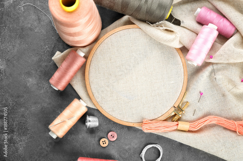 Photo Threads and other accessories for sewing and embroidery on table